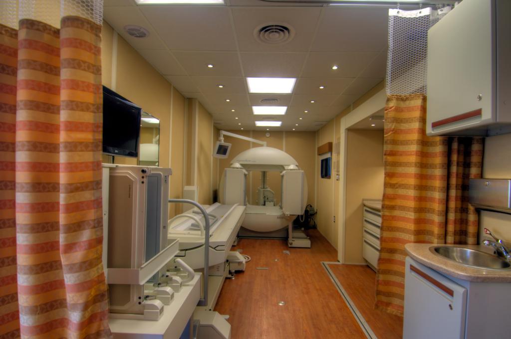 mobile clinic nuclear medicine unit